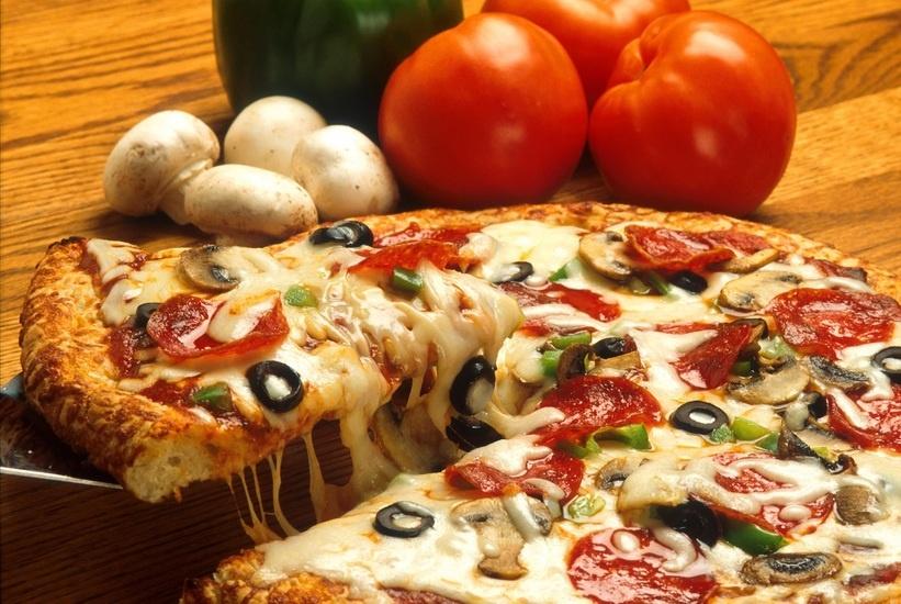vegetables-italian-pizza-restaurant-large