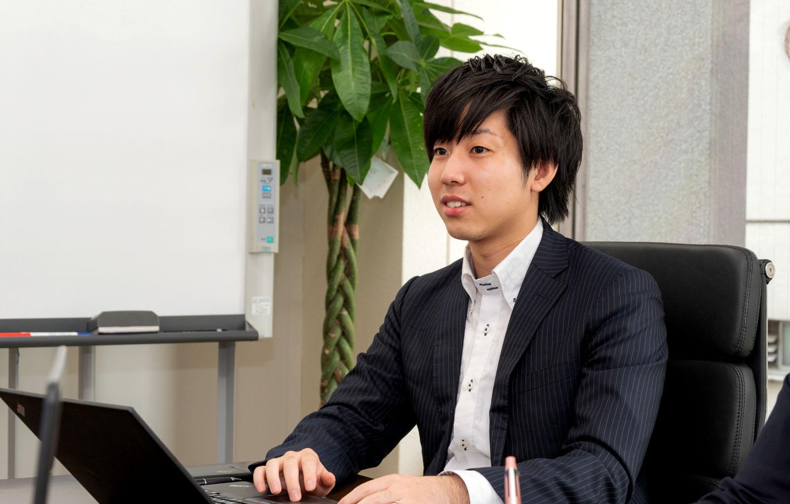 インタビュー:20代執行役員山口・コンサルタントとしての挑戦