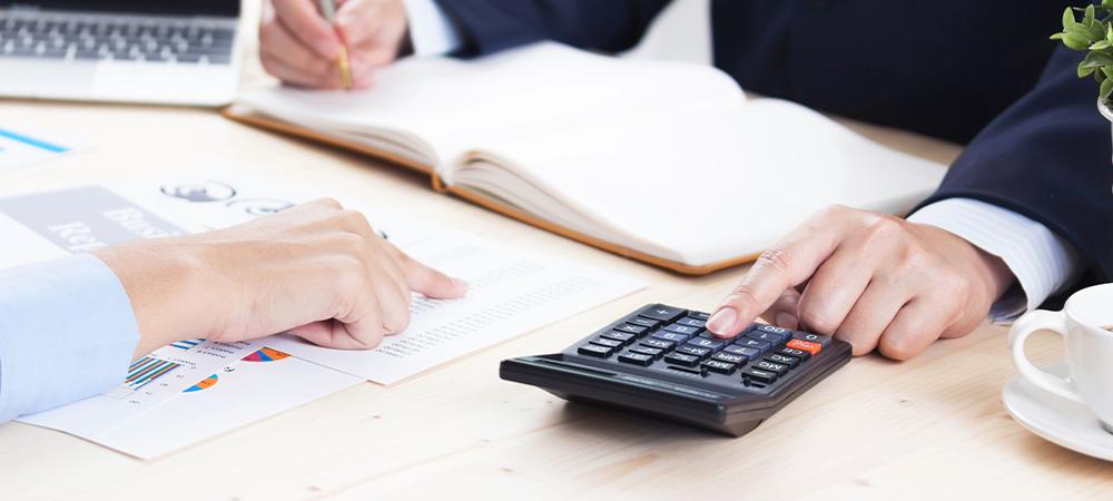 税理士に課せられている研修義務とは?