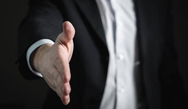 公認会計士(日米)・税理士・弁護士等のプロフェッショナルが多数在籍